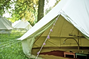 IMG_2773_bell_tent_in_woods