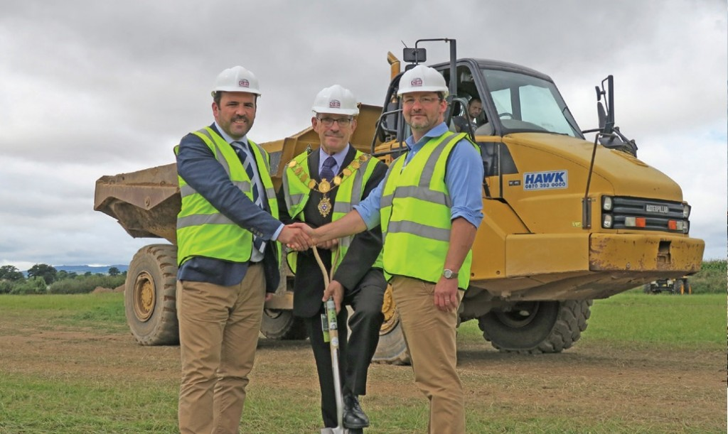 Shrewsbury's Mayor Councillor cut the first turf to mark the start of work on a new touring park.