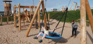 Whitby Holiday Park in North Yorkshire has invested in a new outdoor play area, with help from play equipment specialists Timberplay.